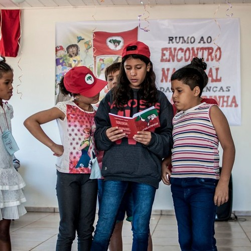 MST arrecada livros de literatura infantil para crianças sem-terra