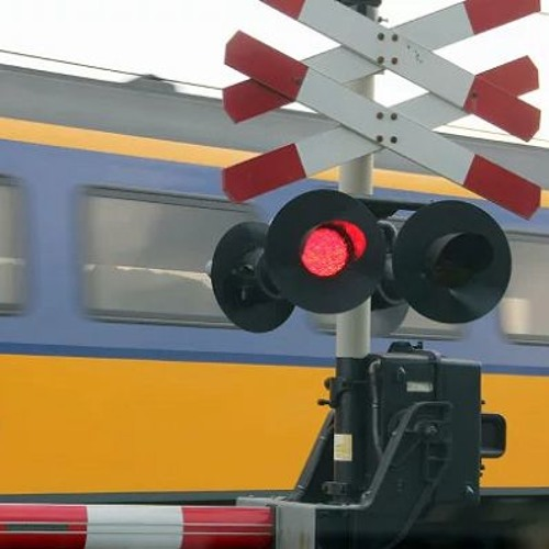 Prorail wil overwegen geel verven. Heeft dat zin? - Traffic Radio LIVE! 2 augustus 2018