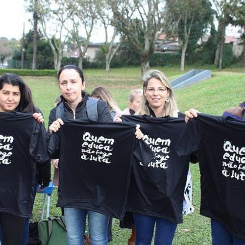 Aulas recomeçam em Curitiba com falta de mais de mil professores