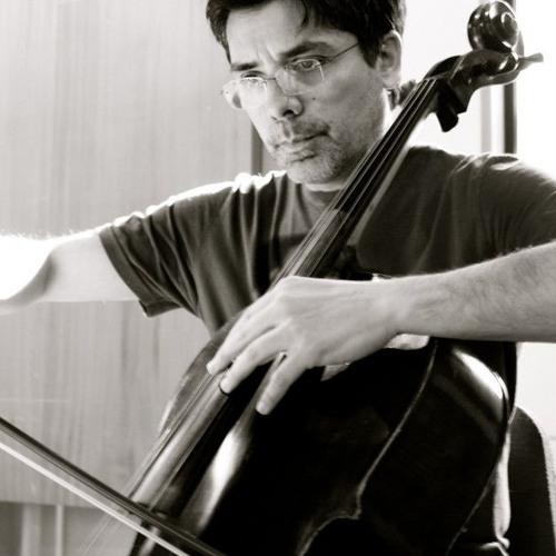 CIRCUNCELLO for solo violoncello (2006)by Rodrigo LIMA