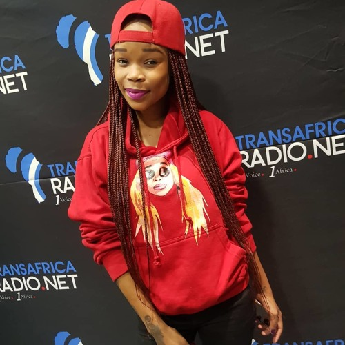 South African Rapper & Business Woman Fifi Cooper On 16 BARs With SpokenPriestess 04:08:2018