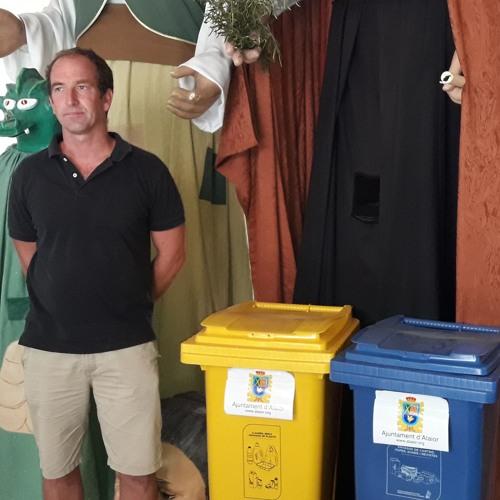 Roger Ferrer reciclaje durante las fiestas de Sant Llorenç