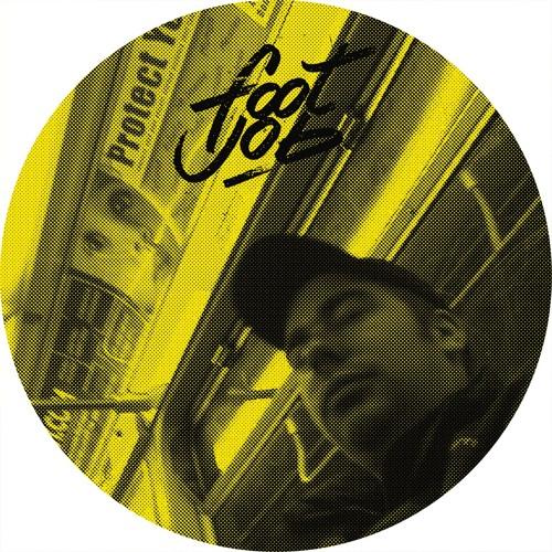 FJ013 A1 Glance - Doors Open