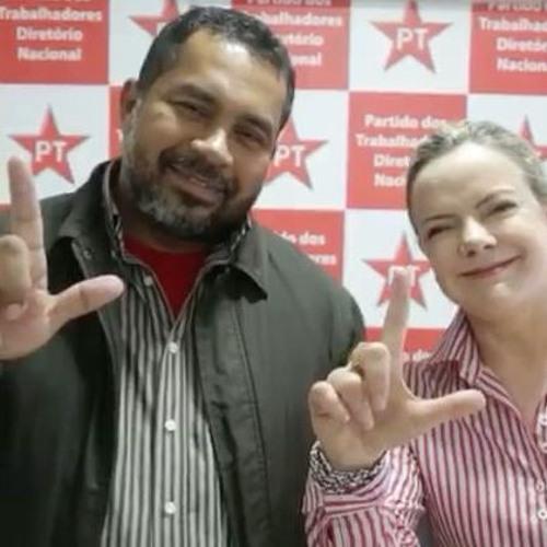 """PT vai """"registrar Lula junto com o povo"""", afirma Gleisi"""