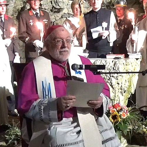 Marienfeier Lichterprozession zur Heiligenkreuzer-Lourdesgrotte- Nuntius Peter Stephan Zurbriggen