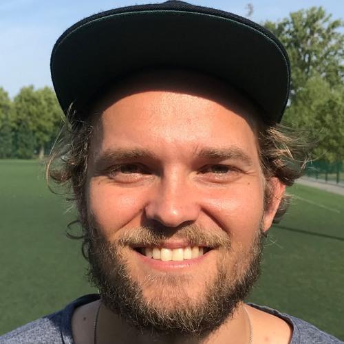 Haastattelussa Joni Malka: Maistuuko  jenkkifutiksen EM-pronssi?