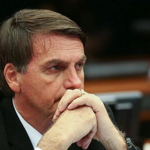 Bolsonaro apresenta plano de governo misturando propostas liberais e conservadoras