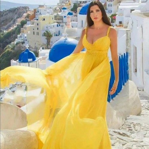 Yellow Dressed Lady, variations, strgs. & piano*