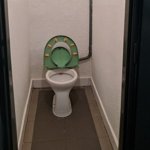 Prague and the suicide toilets