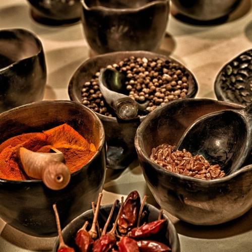 De uso milenar no oriente, conheça as especiarias e seus benefícios