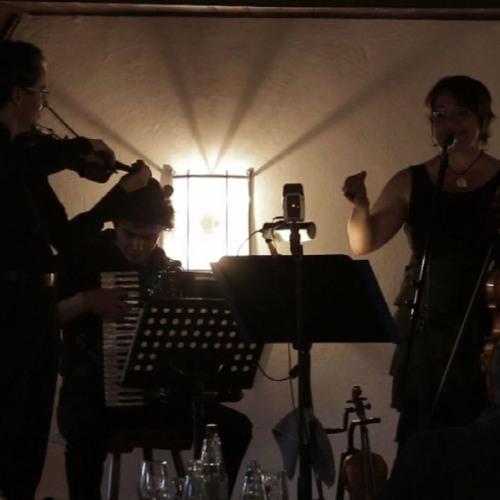 Fialke live: Dorule