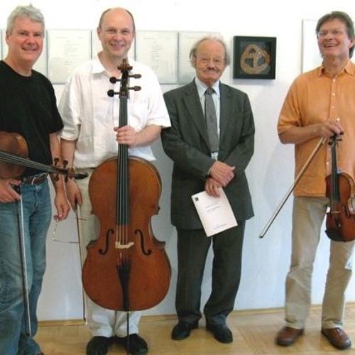 Friedrich Cerha: Zebra Trio (2012)