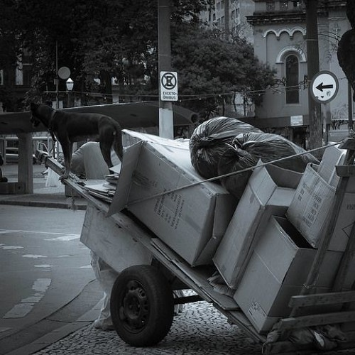 Agressão a moradores de rua e padre Lancellotti é política higienista, diz Luiz Couto