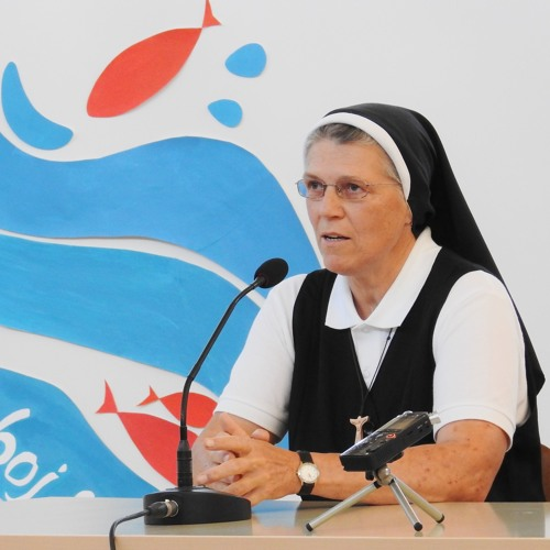 Prisluhni pričevanju  s. Rebeke Kenda ŠSFKK  na redovniškem dnevu