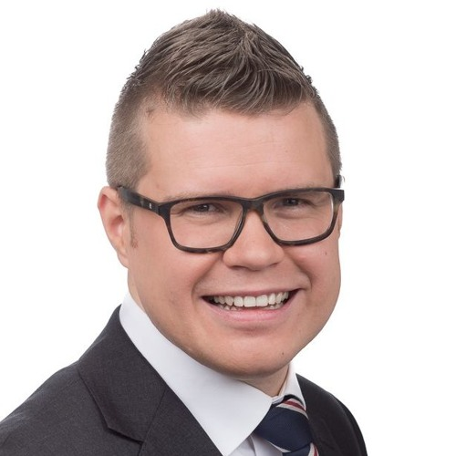 Asmo Maanselkä. Sosiaaliturvan uudistus KD:n Kannustavalla Perusturvalla.