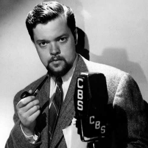 Orson Welles Reflects on War Of The Worlds—Admits He Scared People On Purpose