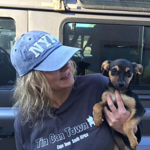 EarthVoice Episode 1: Saving the Dogs of Blikkiesdorp