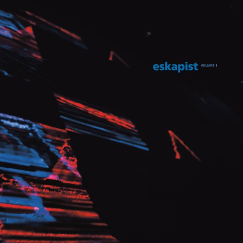 FIGURE X01  - ESKAPIST VOLUME 1 (preview)
