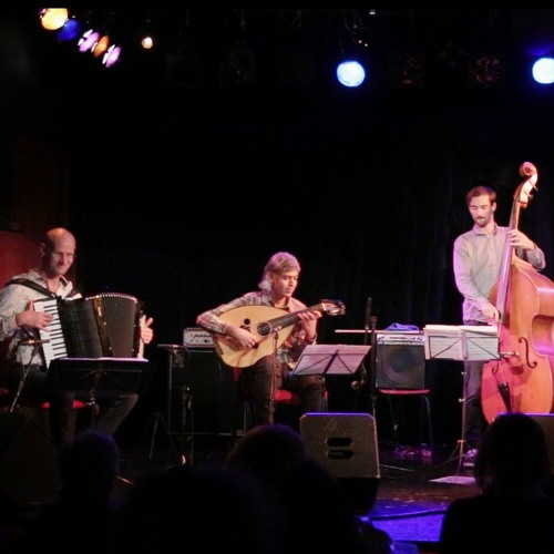 Mehmet Polat & Embracing Colours - Fragments from the debut concert in De X, Leiden, Netherlands