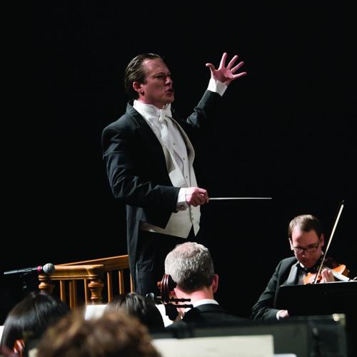 Meet Longmont Symphony Conductor Elliot Moore