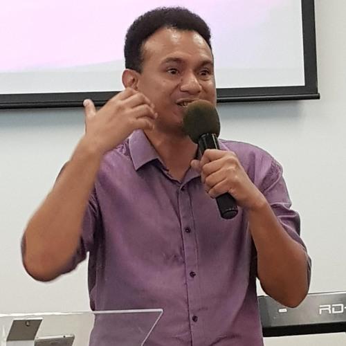 2018-10-21 Ps Loani Henao - The Church's Response
