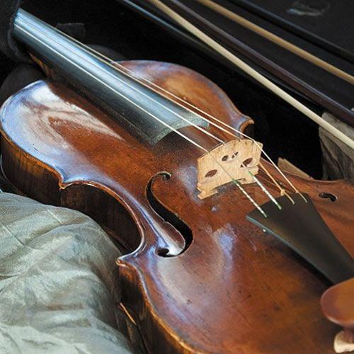 Trois exemples de diapason au violon