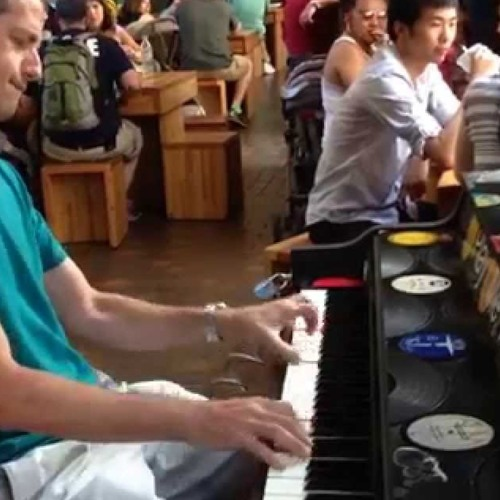 fuck your ears: annoying people poorly playing piano in public