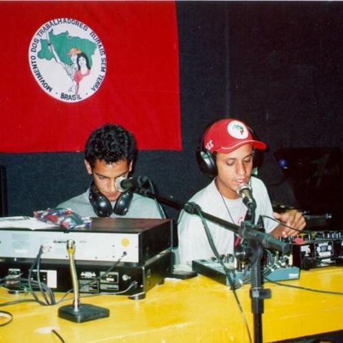 Rádio do MST completa 20 anos ocupando o latifúndio do ar