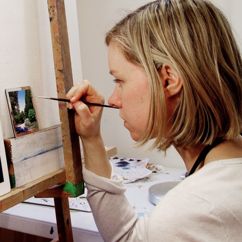Natasha Bieniek - Reviving miniature painting