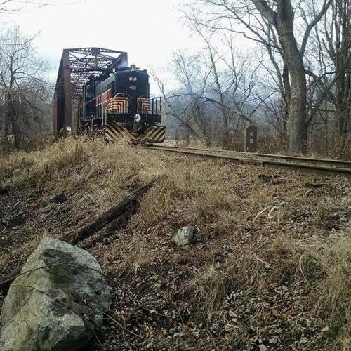 Catskill Mt. Railroad Train (by Paul Payton ft. Rob Carlson, vocals)