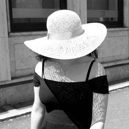 Noëlle (feat. Laura Schmid)