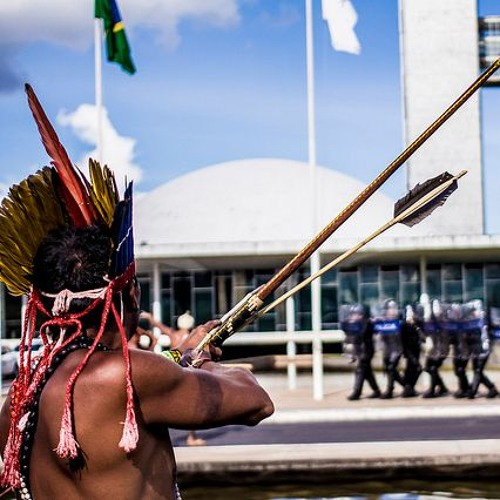 Bolsonaro esvazia Funai e dá aos ruralistas o direito de demarcar terras indígenas