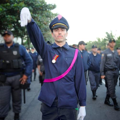 Brasilien braucht einen schwulen Diktator - mit Rafucko