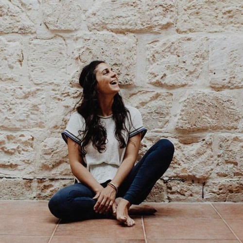 E14: Emmeline Schembri on yoga, healing and the dark night of the soul