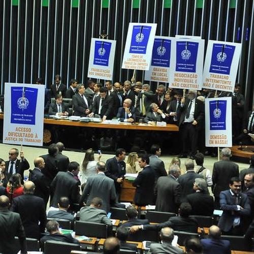 Juristas pela Democracia repudiam ideia de Bolsonaro de extinguir Justiça do Trabalho