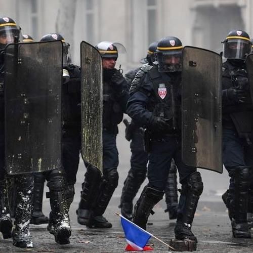 Le Pied à Papineau CKVL: Les gilets jaunes persistent malgré la violence policière - Diana Johnstone