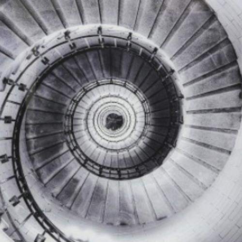 L'escalier en spirale (2007) - excerpt