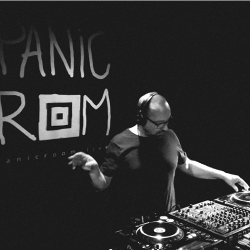 Panicroom ON AIR - Angie Taylor meets Jan Dalvik - Evosonic Radio