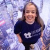 Quem Inspira: com síndrome rara, jovem torna-se palestrante motivacional