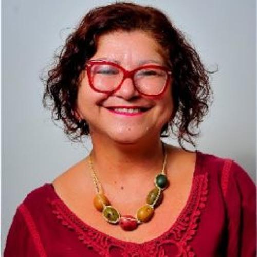 Entrevista com Laura Cristina, Gerente de Gestão Educacional