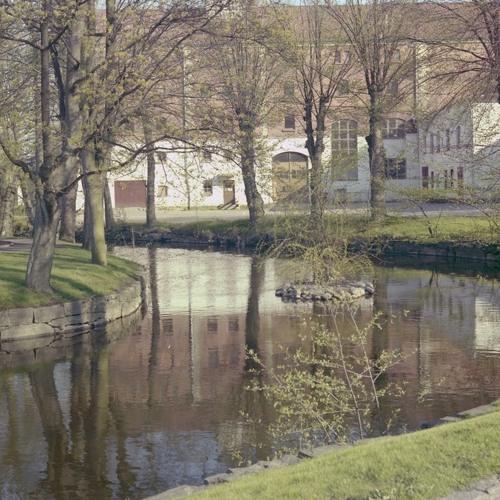 Staden Mellan åarna del 1