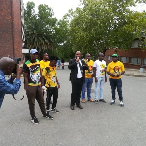 Youth Capital reporting on registration weekend (MEC interview)