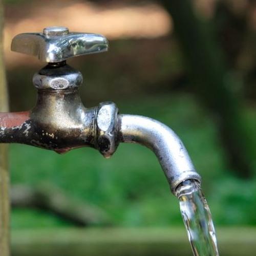 貧乏人は水飲むな The poor people will not be able to drink water