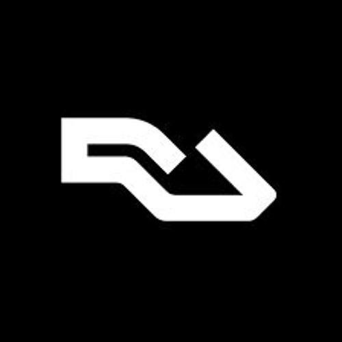 BTG005 - Bulu & Etch - Collide (Itoa Remix) [RA New Tracks]