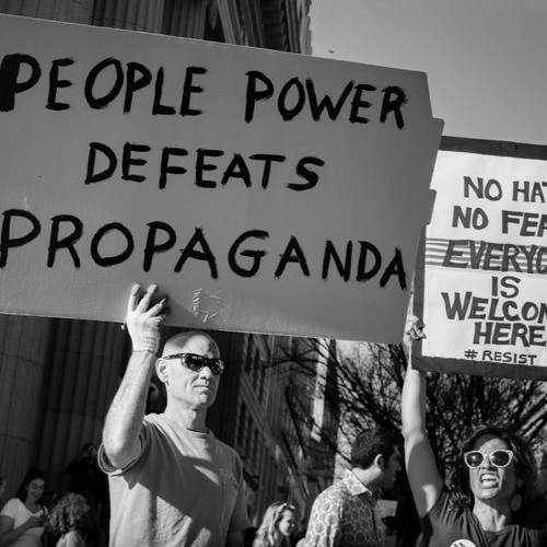 People And Power Stroud : Populism, Fascism and How to Defend Democracy