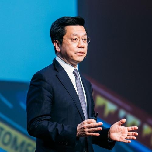 Kai-Fu Lee discusses The Era of AI   Upfront Summit 2019