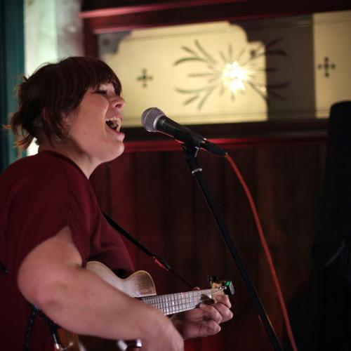 Hannah Smalltree at Chiwick IV, London, Nov 2018