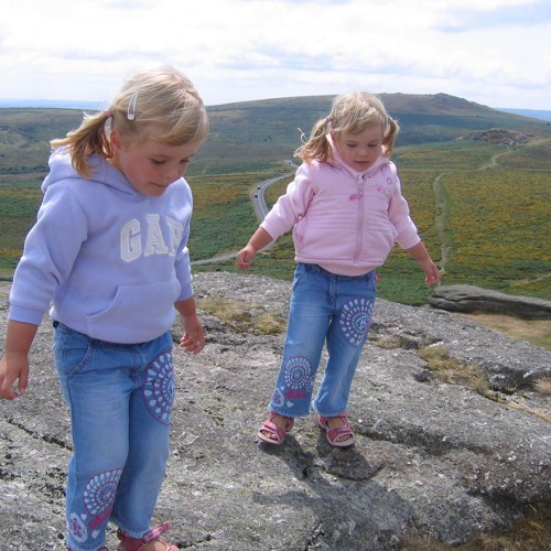 Ep. 163--From England to Michigan as Young Children, Charlotte & Sophie