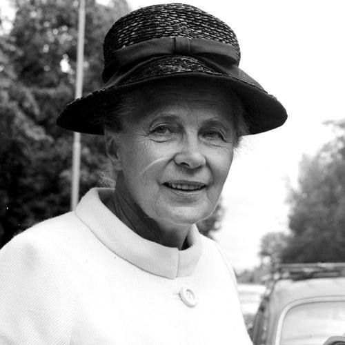 #90 Alva Myrdal