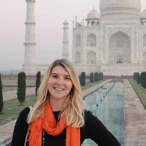 Ellie Quinn Solo Traveller Does Asia On $50 A Day -Graeme Kemlo